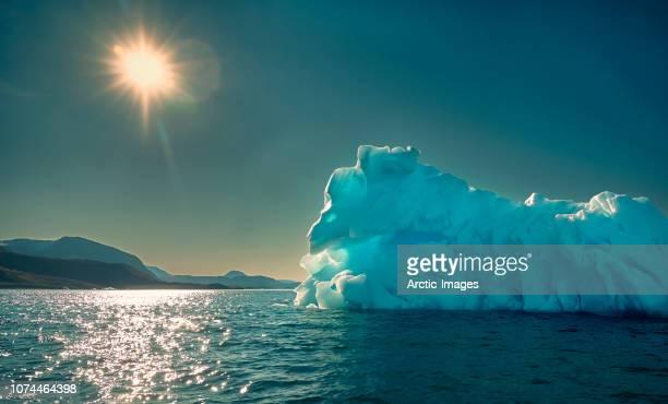 icebergs, icefjord, greenland - klimaat stockfoto's en -beelden