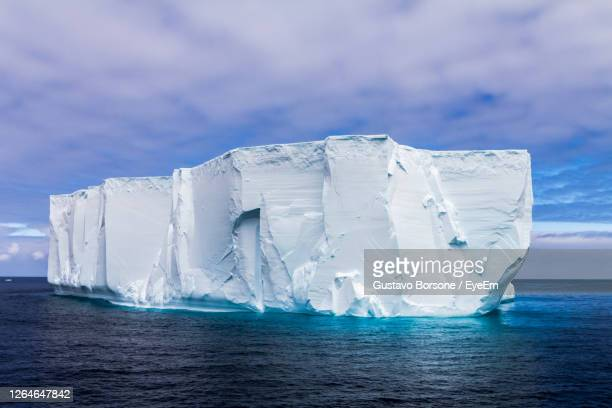 icebergs in antarctica continent - polar stock pictures, royalty-free photos & images
