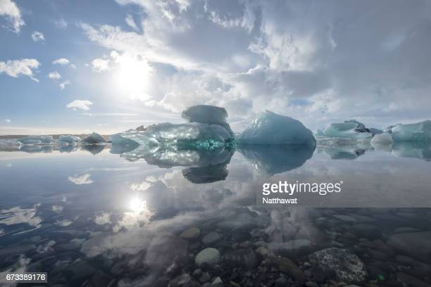 icebergs in jokulsarlon glacier lagoon. - glacier lagoon stock photos and pictures
