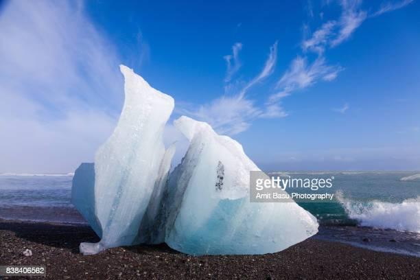 Icebergs near Jökulsárlón glacial lagoon, Iceland