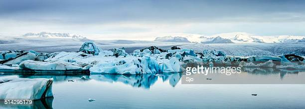 icebergs panorama in iceland - breidamerkurjokull glacier stock photos and pictures