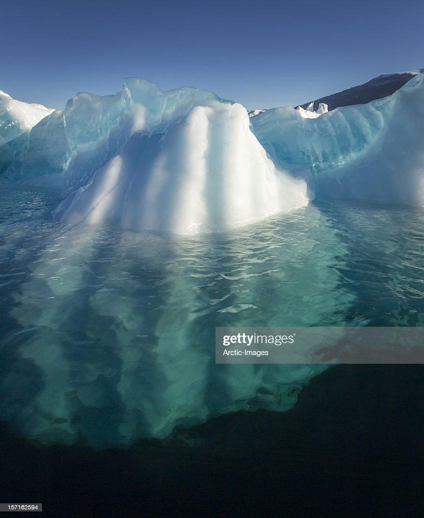 Icebergs, Scoresbysund, Greenland : ストックフォト