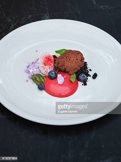 Ice-cream with fresh berries and meringue