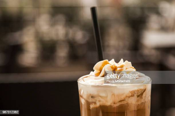 iced coffee - iced coffee stock pictures, royalty-free photos & images