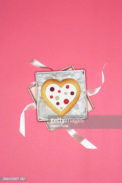 Iced heart shaped biscuit in gift box