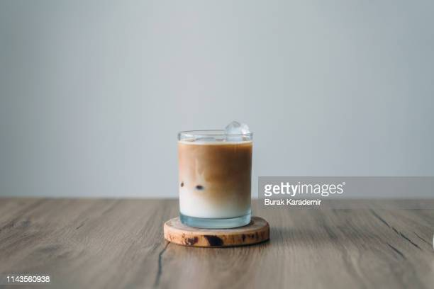 iced latte - latte stock pictures, royalty-free photos & images