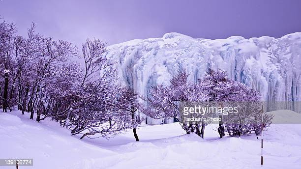 icefall at gozaisyo mountain - mie prefecture stock pictures, royalty-free photos & images