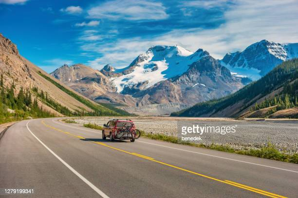 icefields parkway adventure canadian rockies alberta canada - canada stock pictures, royalty-free photos & images