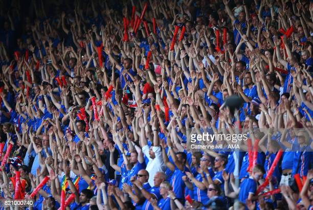 Iceland fans do the Viking thunderclap during the UEFA Women's Euro 2017 match between Iceland and Switzerland at Stadion De Vijverberg on July 22...