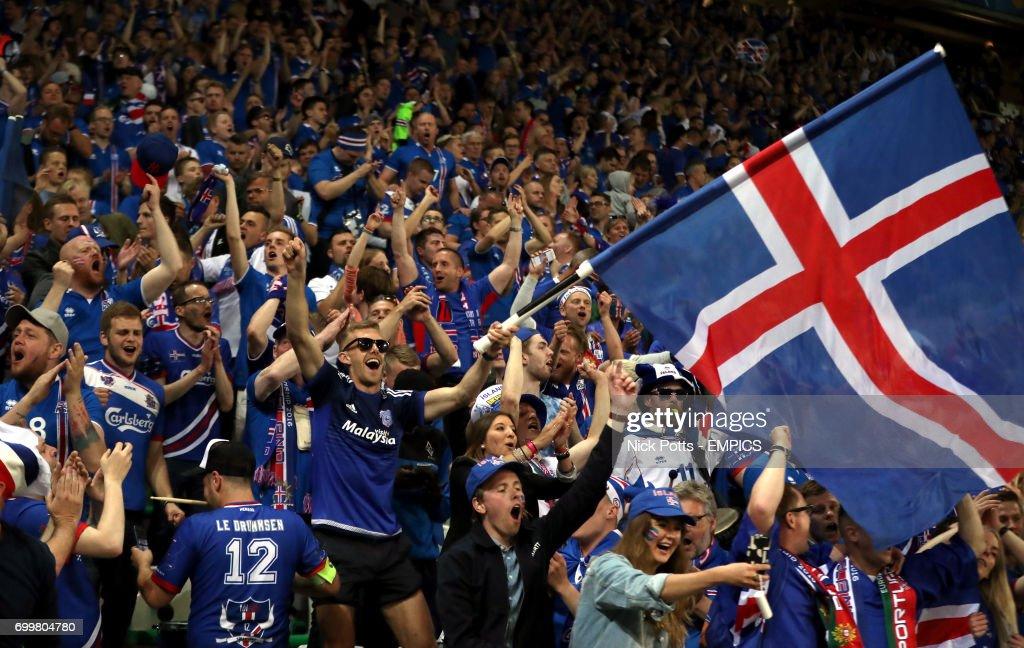 Portugal v Iceland - UEFA Euro 2016 - Group F - Stade Geoffroy Guichard : News Photo