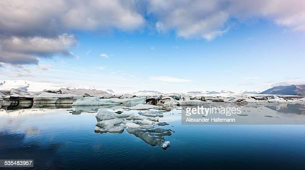 iceland jokulsarlon glacier lagoon panorama - austurland stock-fotos und bilder