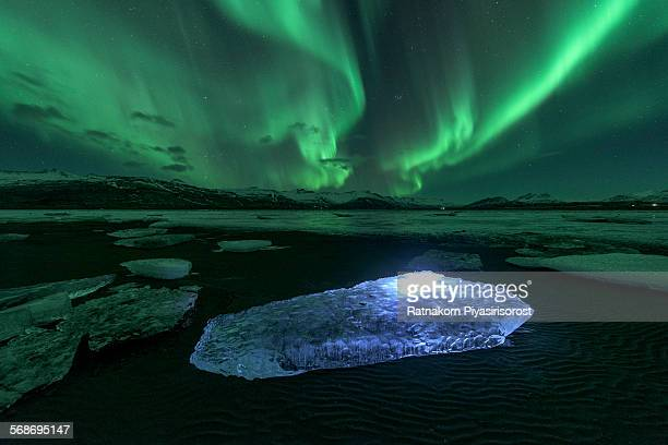 iceland northern lights - marginata stock pictures, royalty-free photos & images