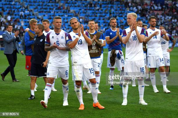 Iceland players applauds fans after the 2018 FIFA World Cup Russia group D match between Argentina and Iceland at Spartak Stadium on June 16 2018 in...