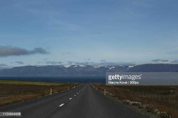 iceland road trip - posbank ストックフォトと画像