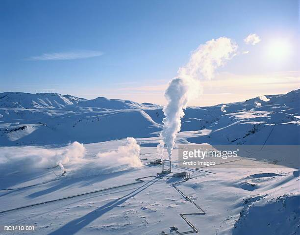 iceland, south central iceland, nesjavellir geothermal power plant - 火力発電所 ストックフォトと画像