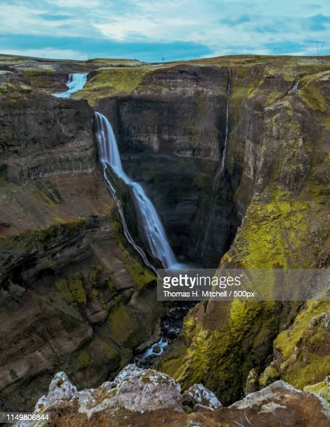 iceland-grand waterfall - brook mitchell bildbanksfoton och bilder