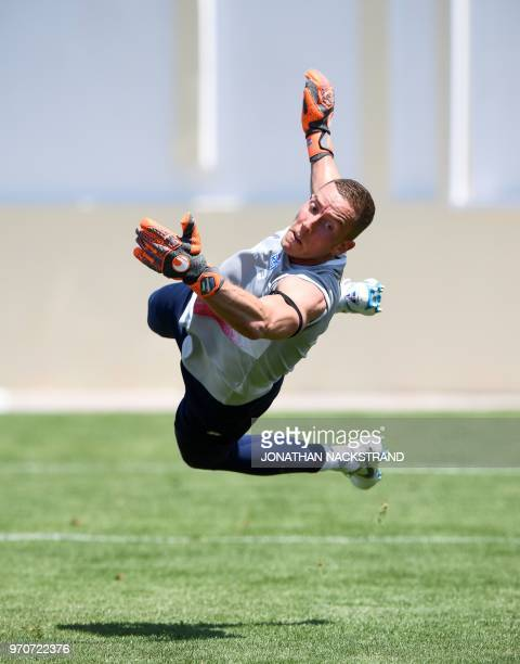 Icelands's goalkeeper Hannes Halldorsson attends a training session at Olimp Stadium in Kabardinka on June 10 ahead of the Russia 2018 World Cup