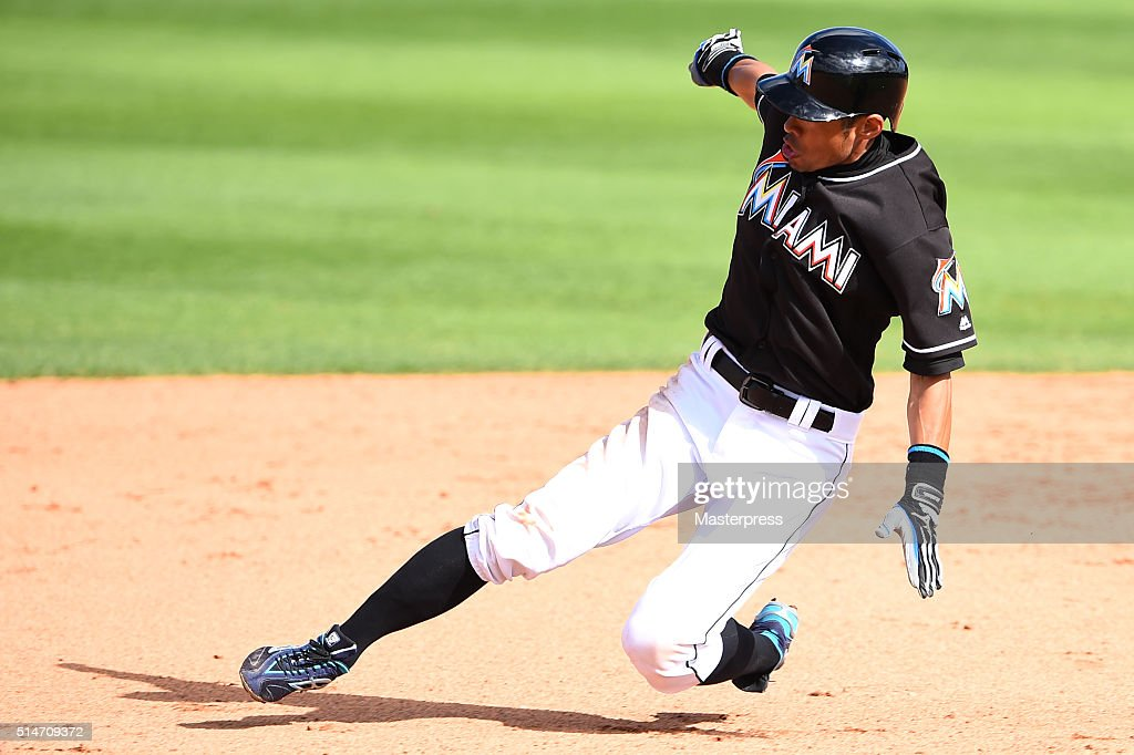 Ichiro Suzuki of Miami Marlins in action during the spring training game between Miami Marlins and Atlanta Braves at Roger Dean Stadium on March 10, 2016 in Jupiter,Florida.