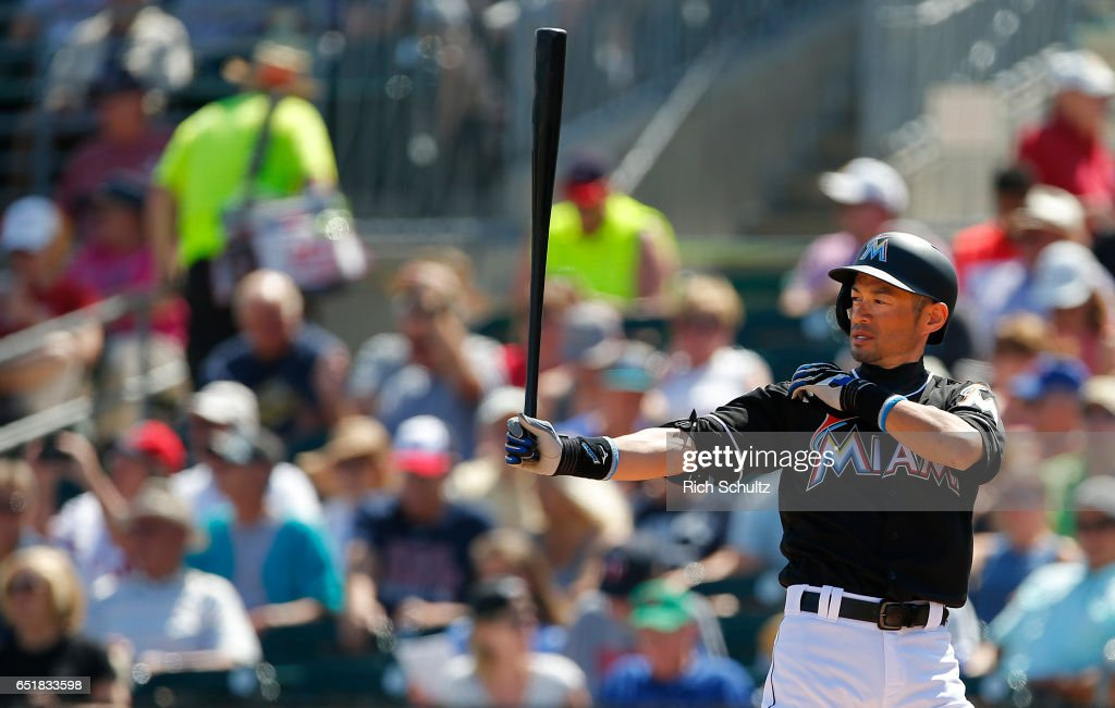 Minnesota Twins v Miami Marlins : News Photo