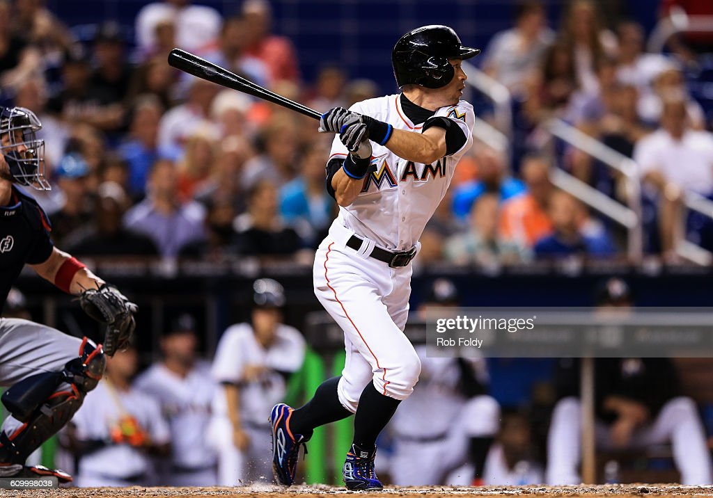 Ichiro Suzuki #51 of the Miami Marlins gets a hit during the eighth inning of the game against the Atlanta Braves at Marlins Park on September 23, 2016 in Miami, Florida.