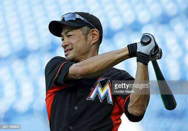 Ichiro Suzuki of the Miami Marlins warmsup during batting practice before a game against the Philadelphia Phillies at Citizens Bank Park on May 16...