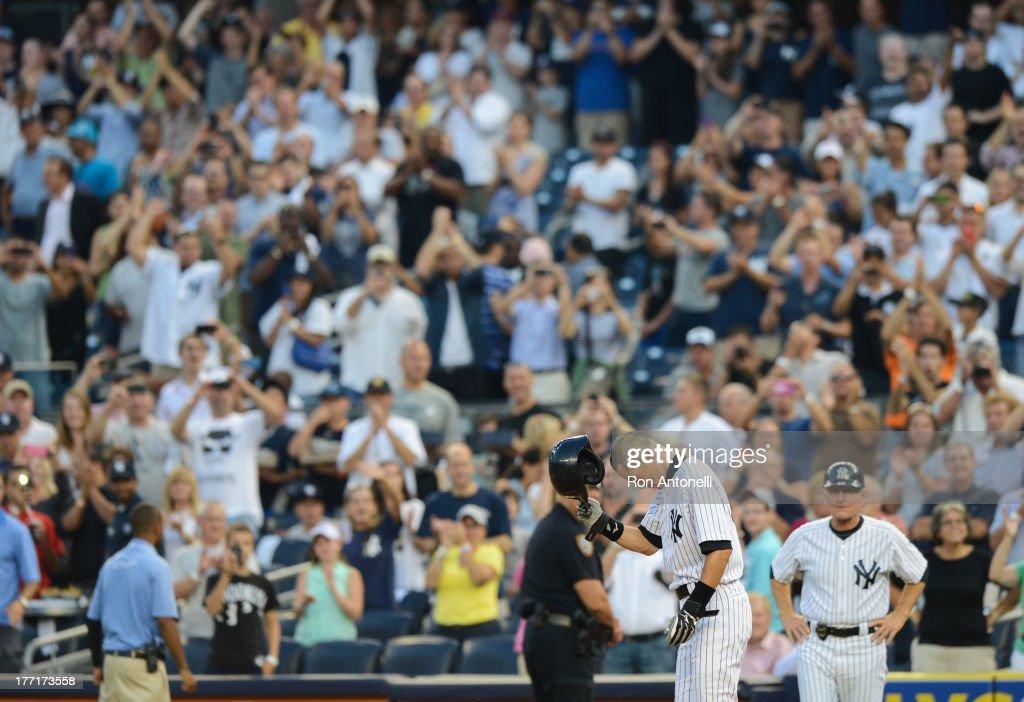 New York Yankees vs Toronto Blue Jays : News Photo