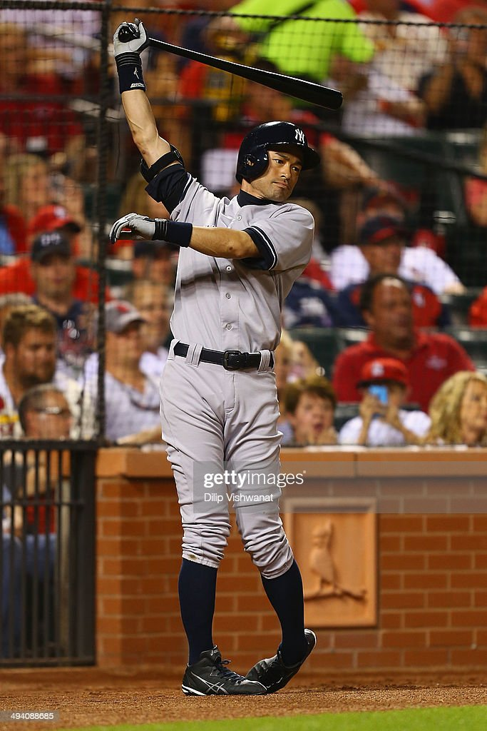 Ichiro Suzuki #31 of the New York Yankees warms up while waiting to pinch hit against the St. Louis Cardinals in the seventh inning at Busch Stadium on May 27, 2014 in St. Louis, Missouri. The inning ended before Suzuki could bat. The Cardinals beat the Yankees 6-0.