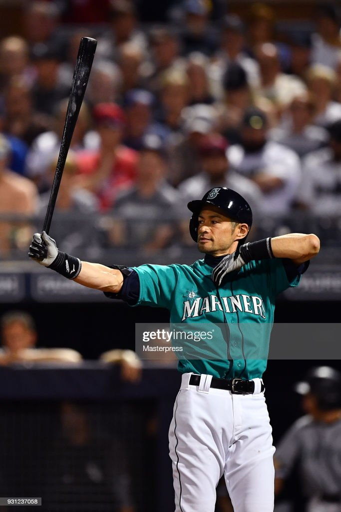 Ichiro Suzuki of the Seattle Mariners bats during a spring training game between Seattle Mariners and Chicago White Sox on March 12, 2018 in Peoria, Arizona.