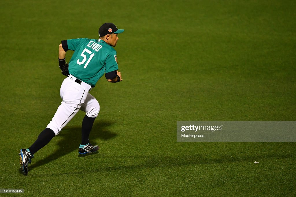 Ichiro Suzuki of the Seattle Mariners in action during a spring training game between Seattle Mariners and Chicago White Sox on March 12, 2018 in Peoria, Arizona.