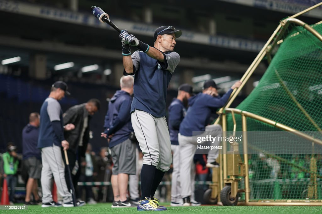 Seattle Mariners Press Conference & Practice Session : ニュース写真