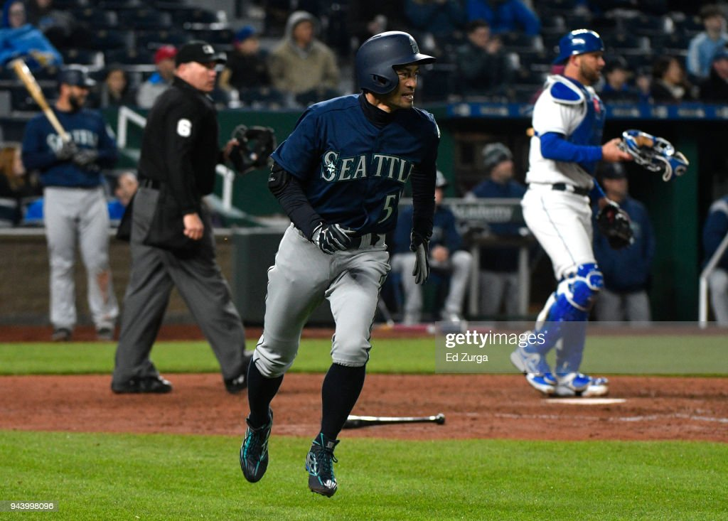 Ichiro Suzuki #51 of the Seattle Mariners runs to first after flying out in the fifth inning against the Kansas City Royals at Kauffman Stadium on April 9, 2018 in Kansas City, Missouri.