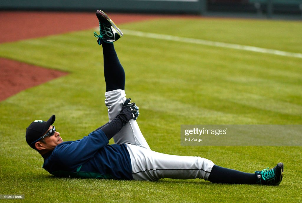 Ichiro Suzuki #51 of the Seattle Mariners stretches prior to a game against the Kansas City Royals at Kauffman Stadium on April 9, 2018 in Kansas City, Missouri.