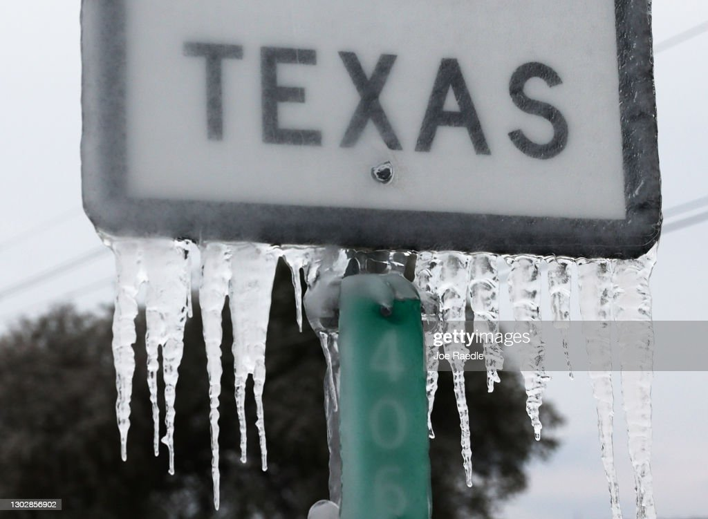Texas Struggles With Unprecedented Cold And Power Outages : News Photo