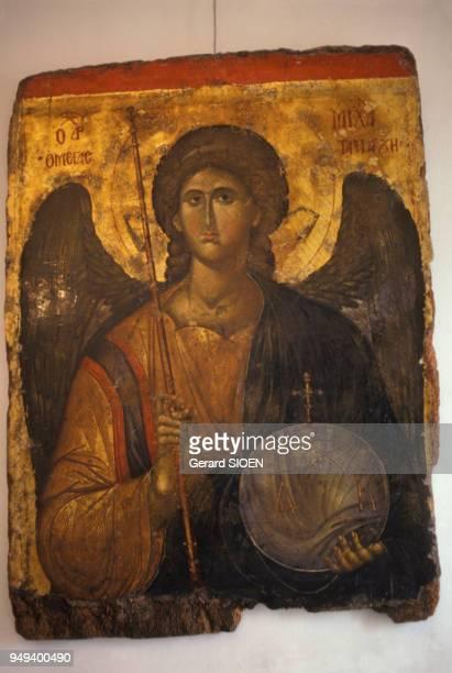 Icône représentant l'archange Michel au musée byzantin d'Athènes en Grèce en mars 1987
