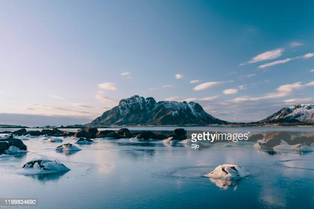 """icy winter landscape in the vesteralen archipelago in northern norway - """"sjoerd van der wal"""" or """"sjo"""" stock pictures, royalty-free photos & images"""