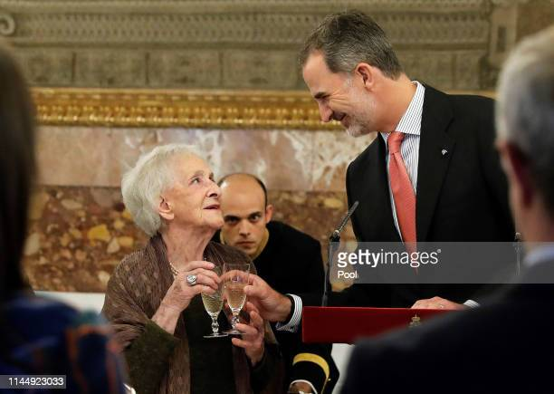 Ida Vitale and King Felipe attend a luncheon for world literature members celebrating Vitale being awarded the Miguel de Cervantes Literature Prize...