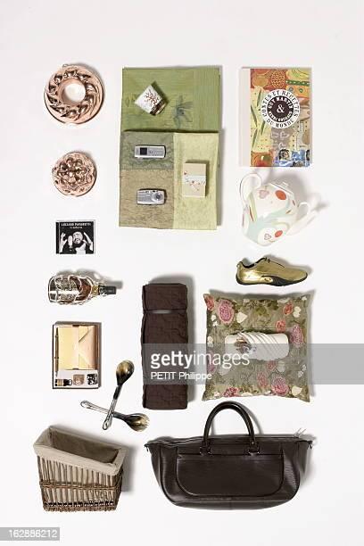 Ideas For Christmas Gifts For The Whole With Family Le conte de fées de Noël cadeaux pour Françoise magic mamie Téléphone avec écran couleurs SGH...