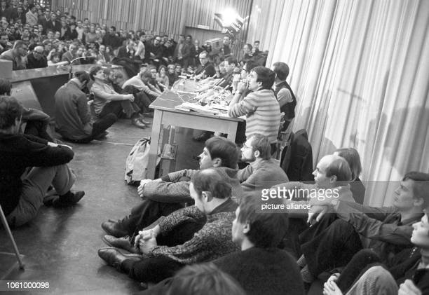 SDS ideologist Rudi Dutschke during a discussion between supporters and opponents of the Ausserparlamentarische Oppositon called APO on 28 November...