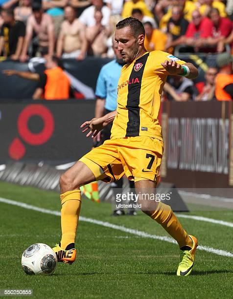 Idir Ouali Einzelbild Freisteller Aktion Sport Fußball Fussball zweite 2 Bundesliga Herren Saison 2013 SG Dynamo Dresden vs 1FC Köln