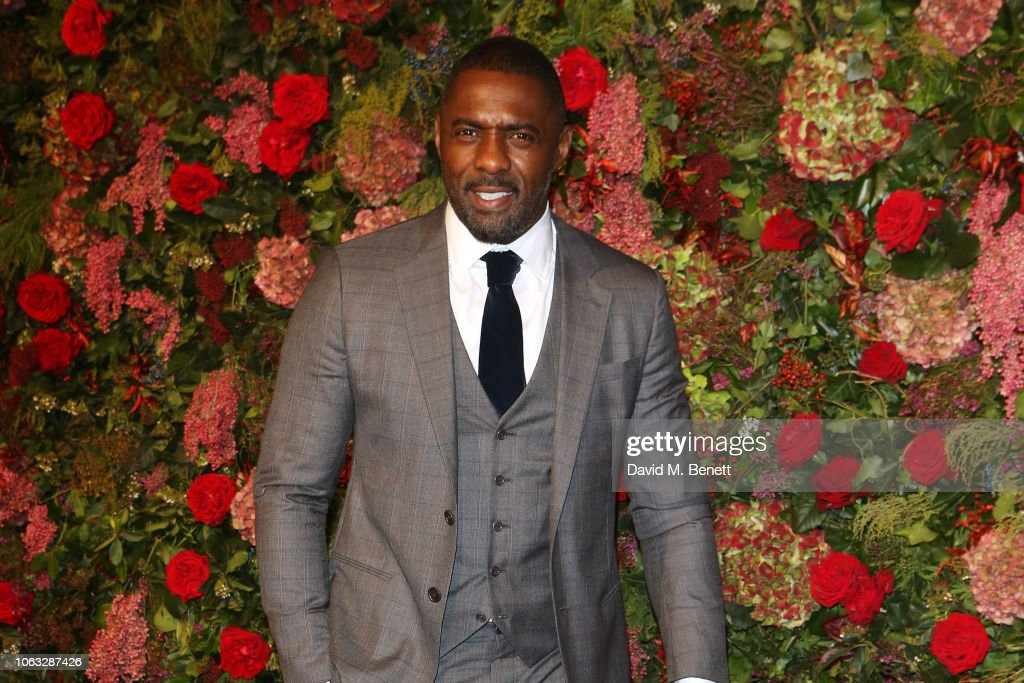 The 64th Evening Standard Theatre Awards - Red Carpet Arrivals : News Photo