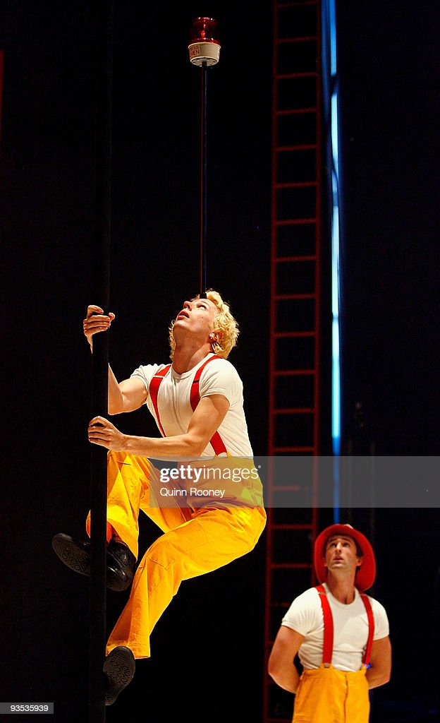 Idris Stanton performs on the pole as graduates perform at the National Institute of Circus Arts on December 2, 2009 in Melbourne, Australia.