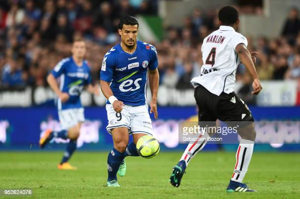 Idriss Saadi of RC Strasbourg and Santos Marlon of OGC Nice during the Ligue 1 match between Strasbourg and OGC Nice at on April 28 2018 in Strasbourg