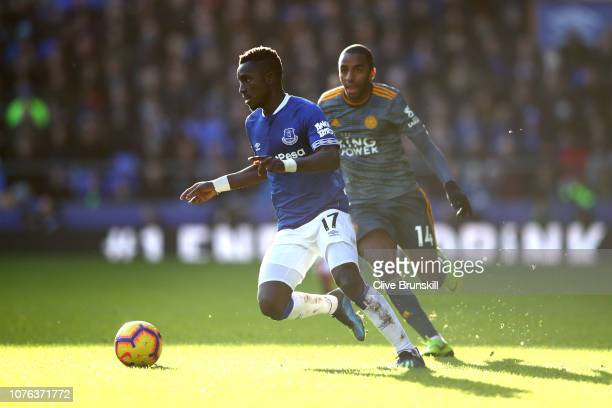 Idrissa Gueye of Everton is closed down by Ricardo Pereira of Leicester City during the Premier League match between Everton FC and Leicester City at...