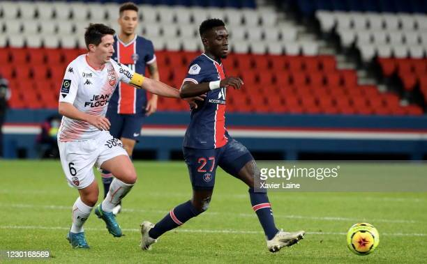 Idrissa Gueye of Paris Saint-Germain controls the ball during the Ligue 1 match between Paris Saint-Germain and FC Lorient at Parc des Princes on...