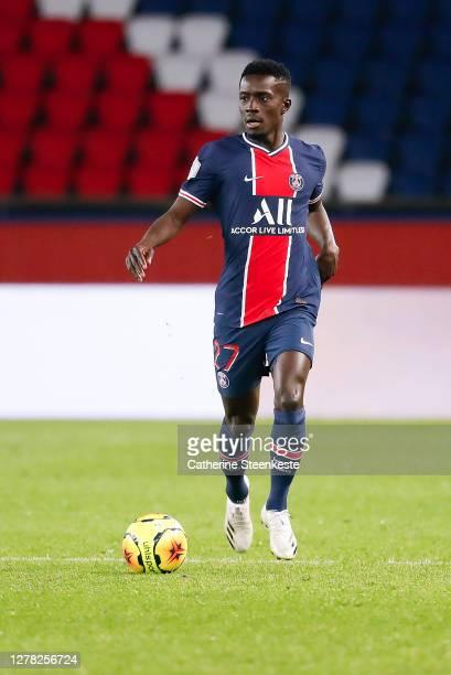 Idrissa Gueye of Paris Saint-Germain controls the ball during the Ligue 1 match between Paris Saint-Germain and Angers SCO at Parc des Princes on...