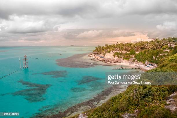 idyllic beach at isla mujeres in caribbean mexico - isla mujeres stock pictures, royalty-free photos & images