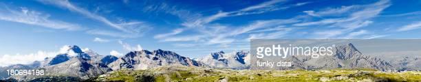 Idyllische Dolomiten-Landschaft panorama