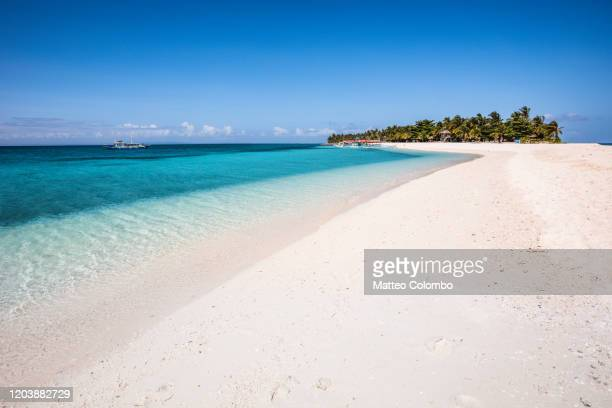 idyllic island with white sand, leyte, philippines - seascape stock pictures, royalty-free photos & images