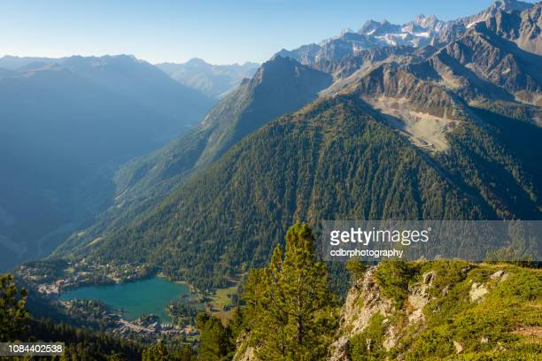 idyllic mountain lake in the swiss alps - rhone alpes stock photos and pictures