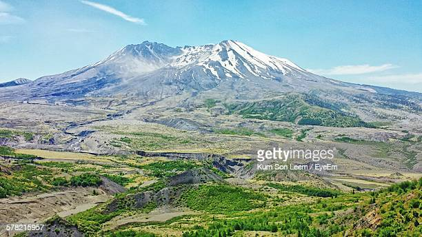 idyllic shot of mount st helens landscape against sky - mount st. helens stock pictures, royalty-free photos & images